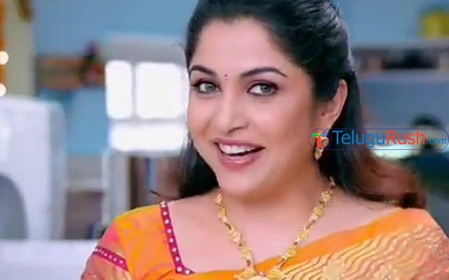 ramya-krishnan-plays-adult-film-actress-in-super-deluxe